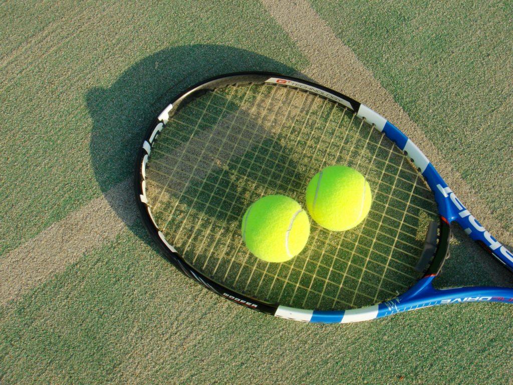 Twitter(ツイッター)の壁打ちの意味とは?テニスのイメージ画像