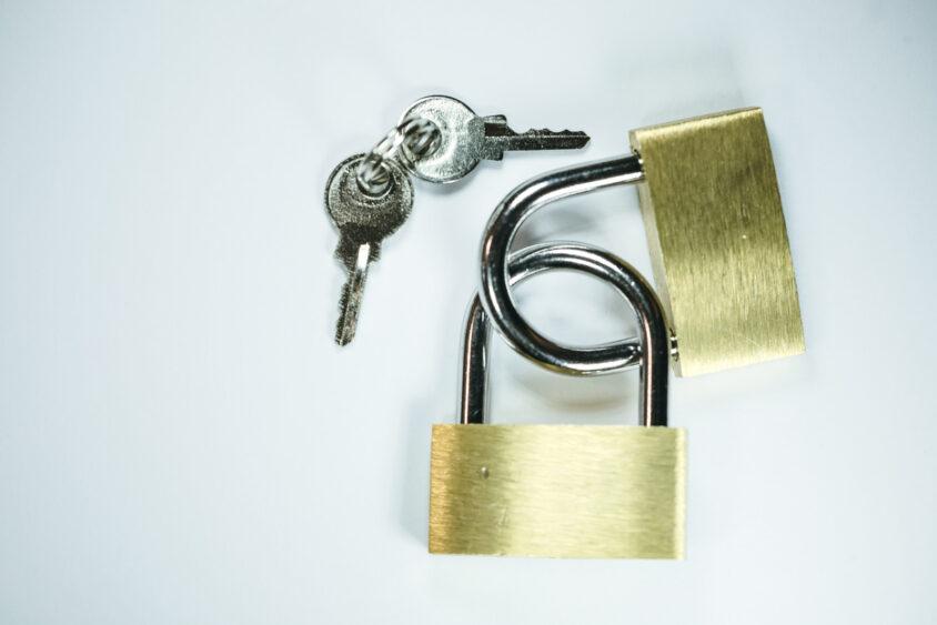 twitter(ツイッター)アカウントを鍵垢にするには?方法は?のサムネイル画像