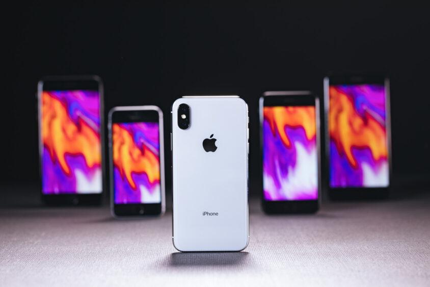 iPhoneで動画をつなげる(結合する)方法を解説!複数の動画を1つにまとめよう。のサムネイル画像