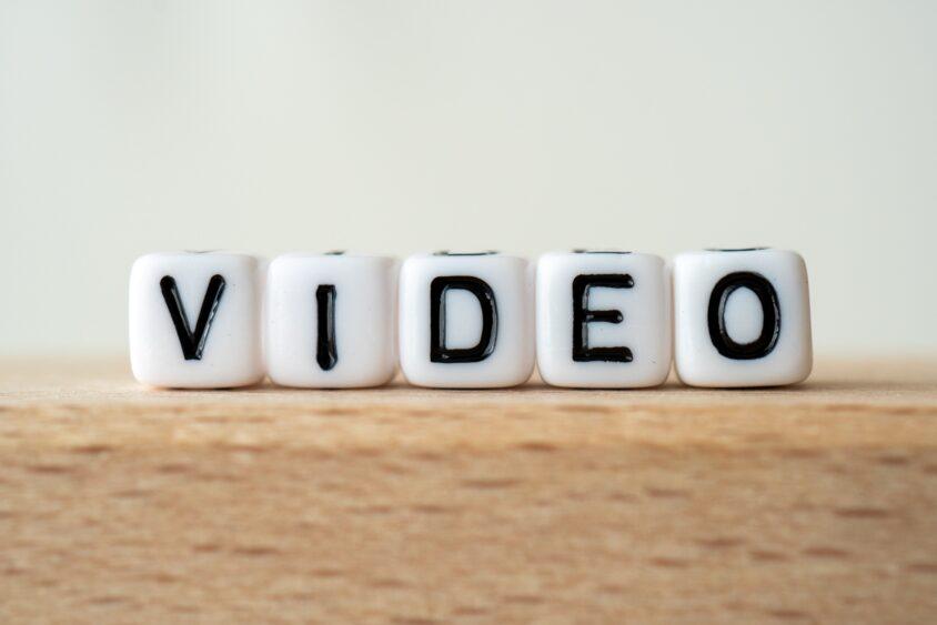 インスタのDMで届いた動画を保存する方法は?【Instagramダイレクトメッセージ】のサムネイル画像